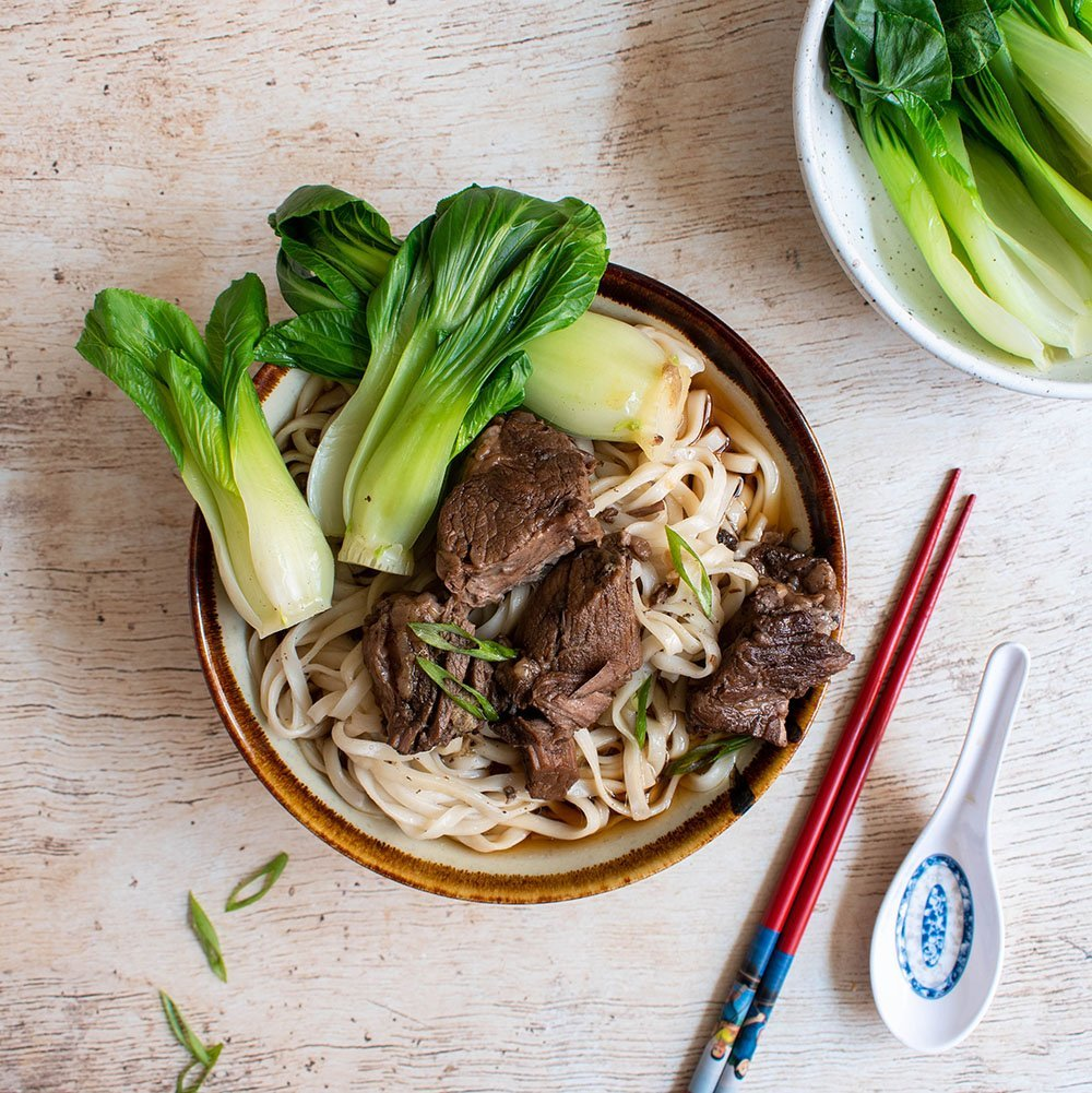 chinese braised beef stew noodles