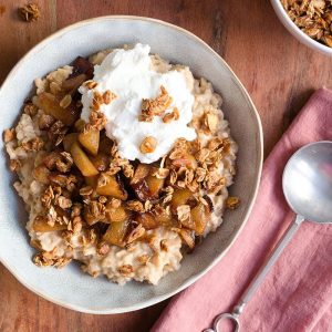 Apple Cider Oatmeal with Caramelized Apples