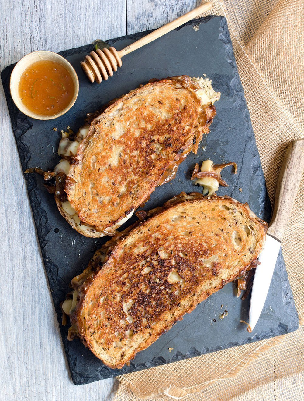 grilled cheese with bourbon caramelized onions