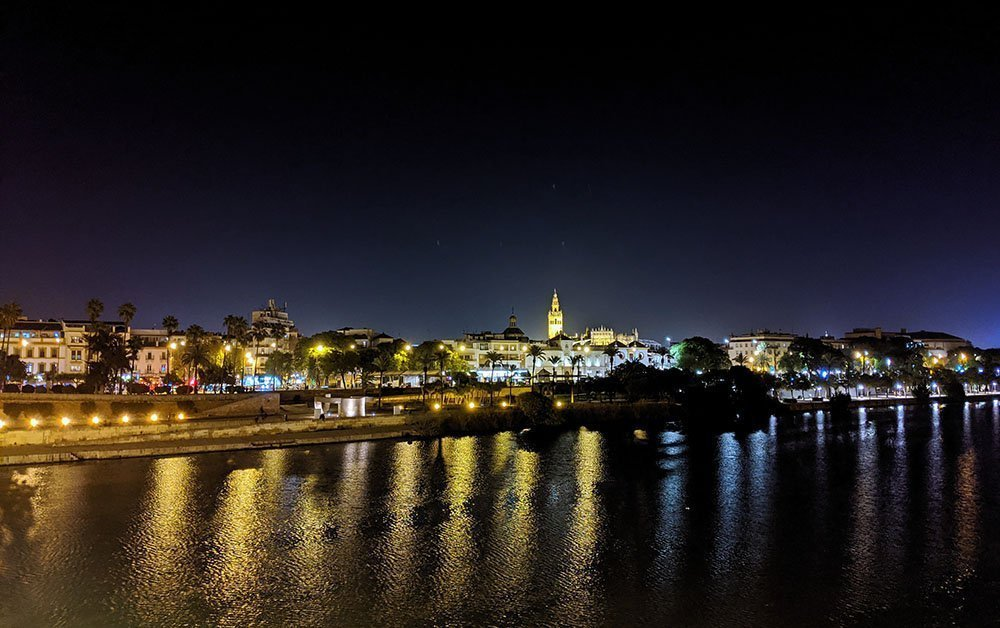 triana at night