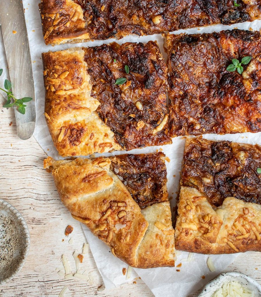 french onion galette