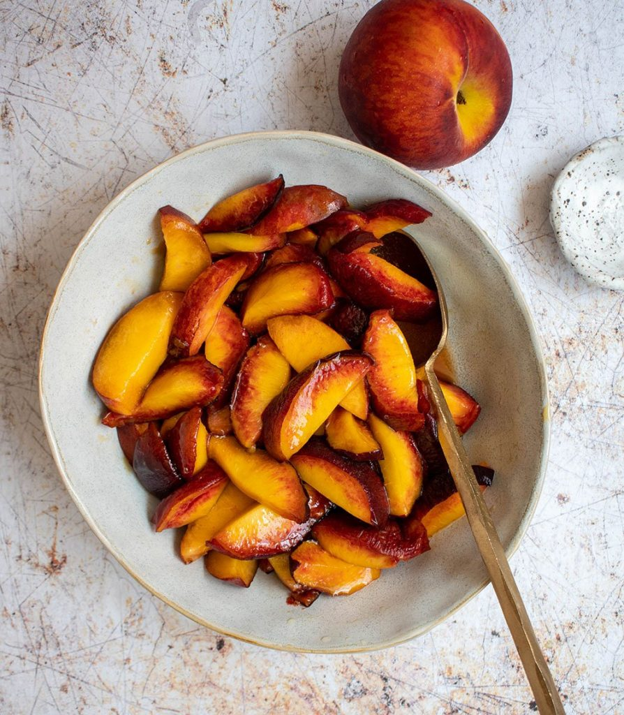 macarated peaches