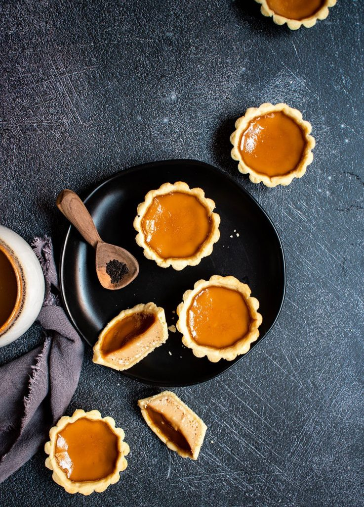 milk tea egg tarts