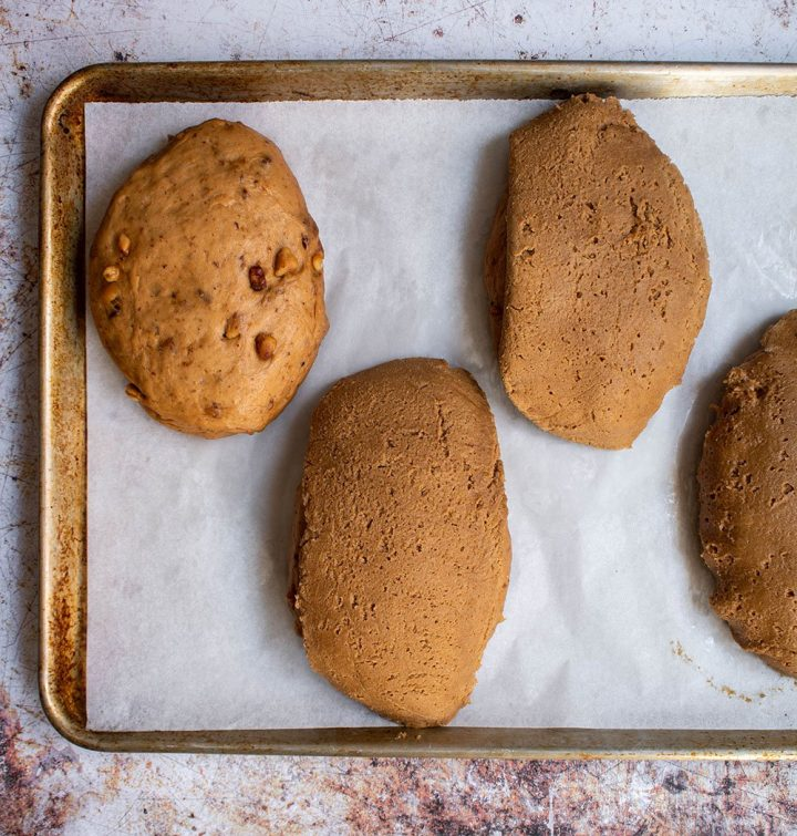 cover the shaped bread with the coffee topping