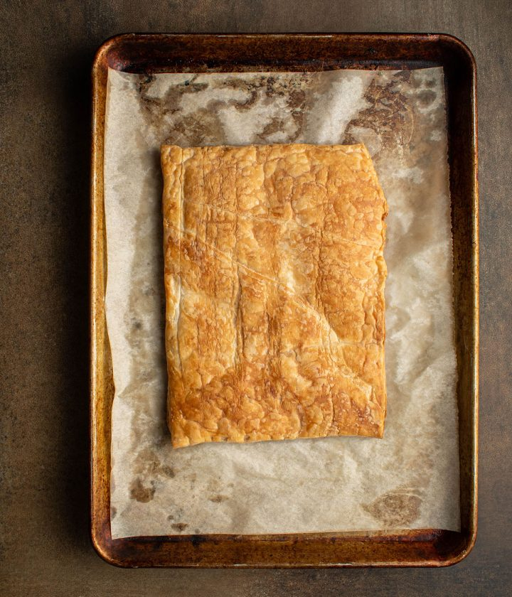 bake the puff pastry